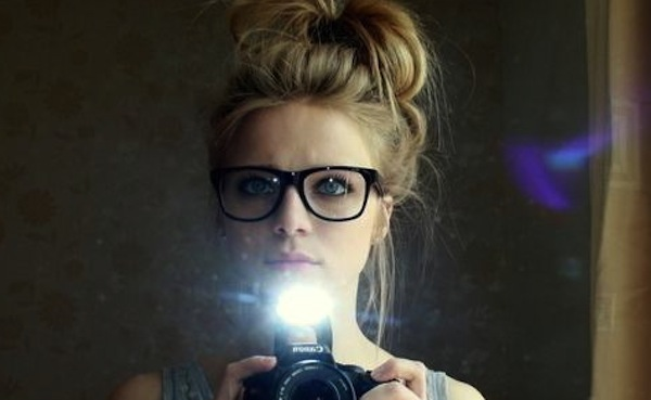 Girl with glasses tumblr Braut she
